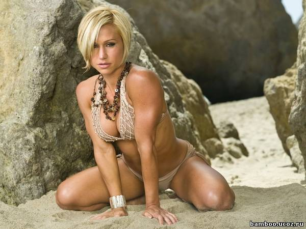 Some of the fascinating and hottest cheer leaders across the world
